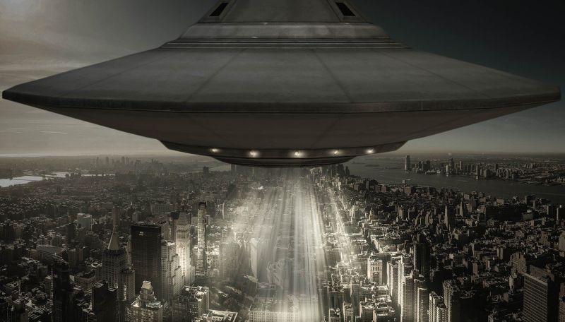 画像に alt 属性が指定されていません。ファイル名: UFO10.jpg